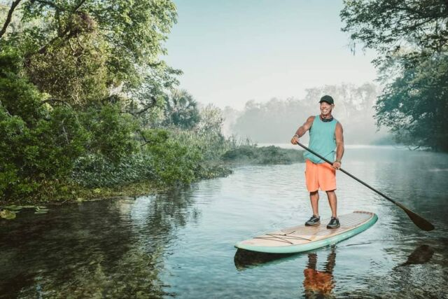 Misty Morning SUP with Paddleboard Orlando.  . . . . . 📸 @mikedunnusa @growingbolder  . . . . . #growingbolder #season12 #mistymorning #sup #paddle #paddleorlando #wekivaisland